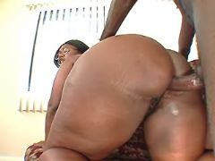 Ebony fatty fucks in doggy style