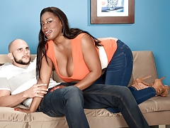 Stacked-out Sex Kitten